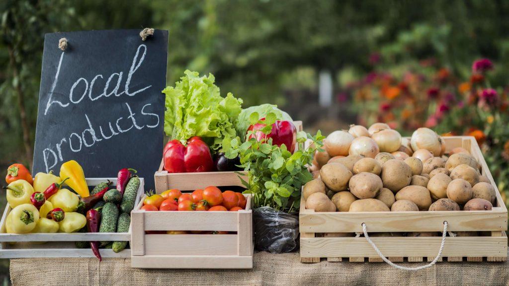 Farmers community market produce